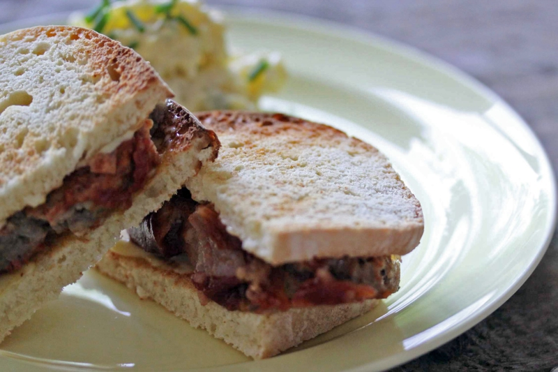 meatloaf-sandwich