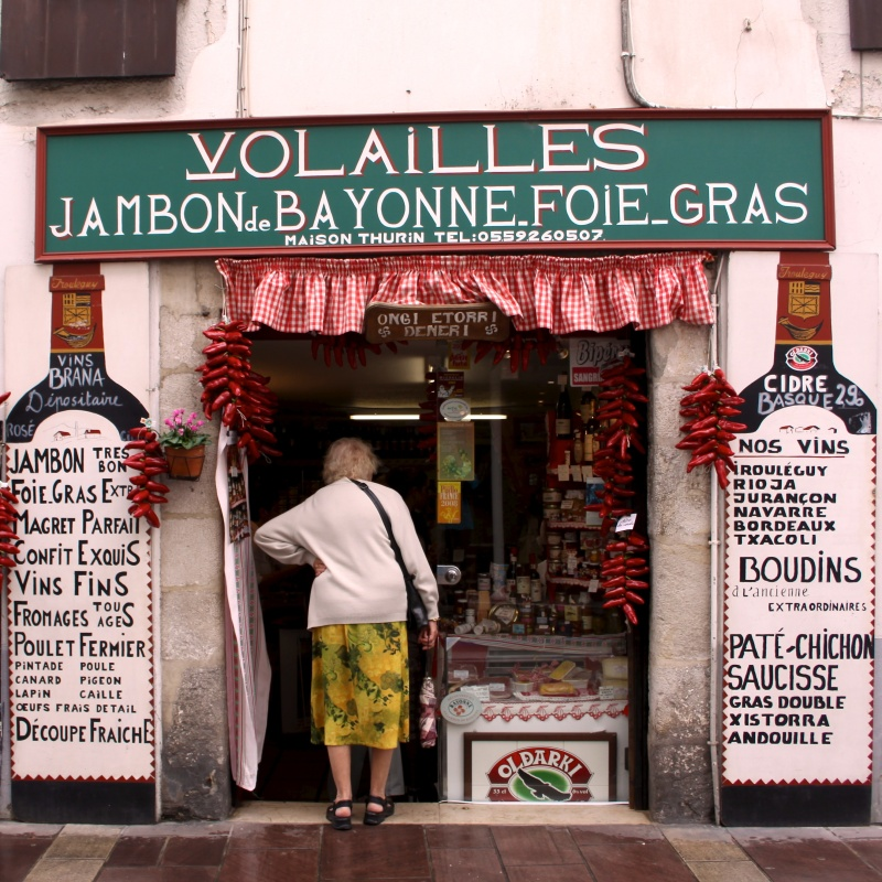 Basque convenience store