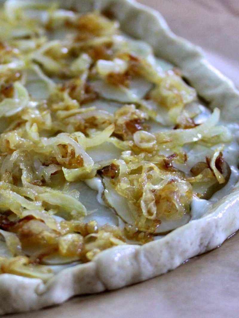 Broccoli rabe and sunchoke pizza (1)