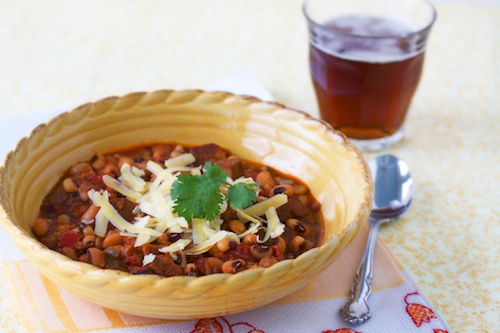 Pork & black-eyed pea chili