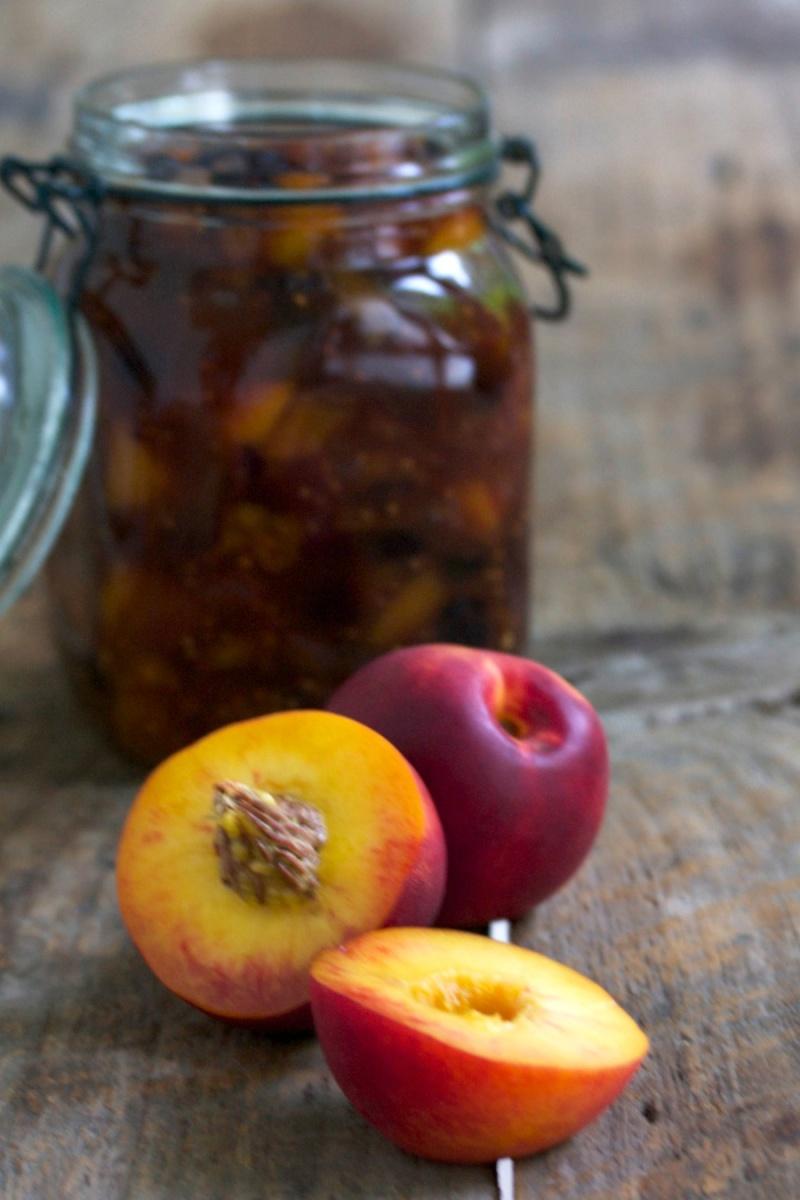 Nectarine chutney