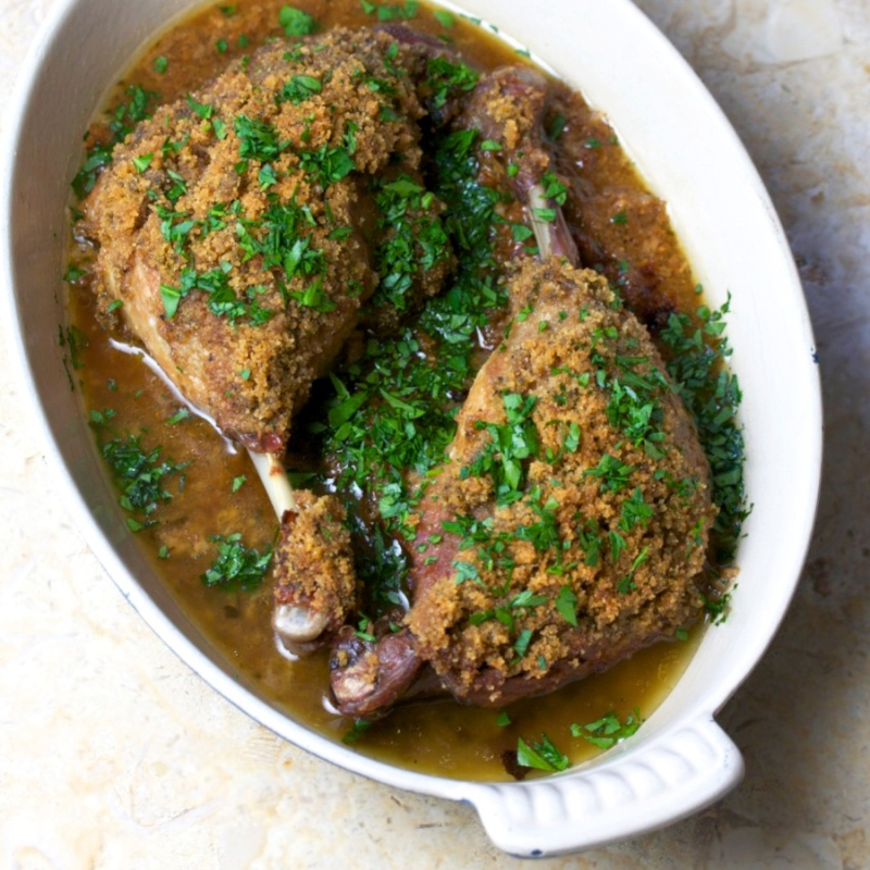 Duck legs with mustard and bread crumbs