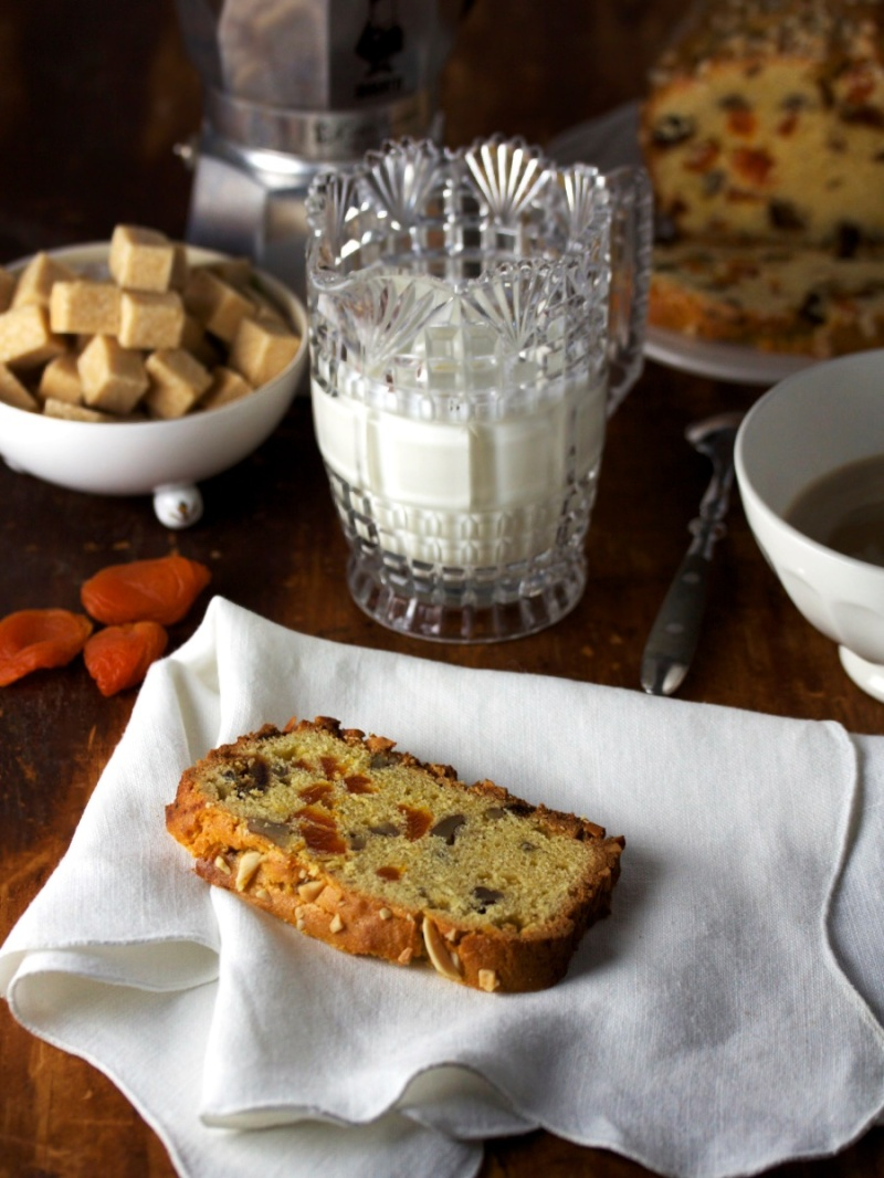 Apricot, Date and Nut Loaf
